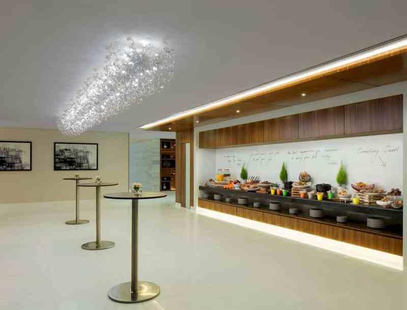 Radisson Blu Hotel Dubai Waterfront 5