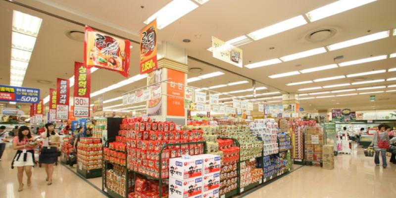【韓國必買】韓國超市必買伴手禮大賞,零食、飲料、泡麵買到翻!