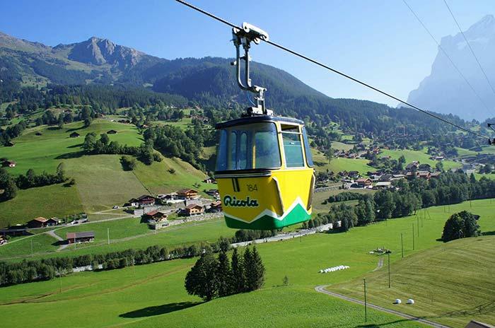 Grindelwald-Männlichen Gondola Cableway, Switzerland
