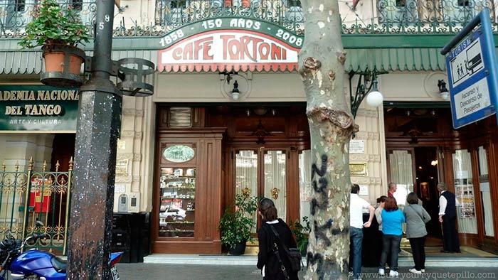 Cafe Tortoni, Buenos Aries