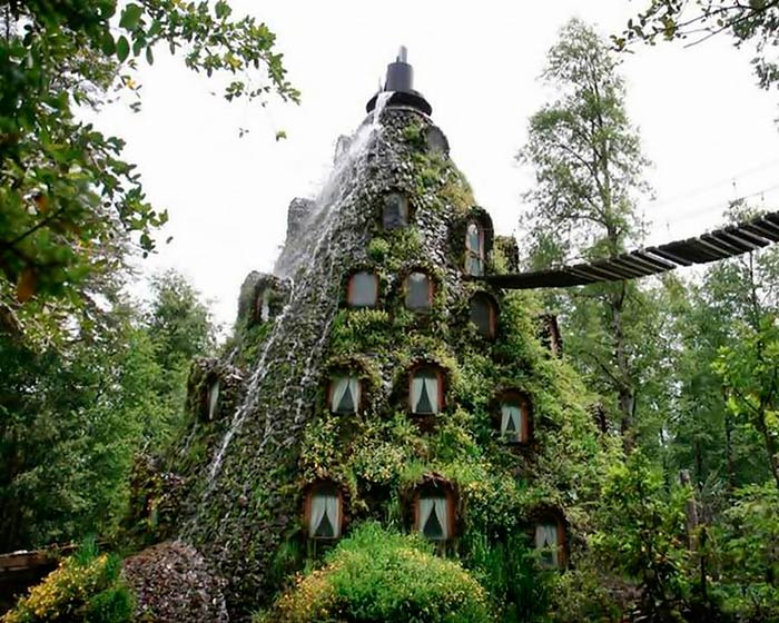 Magic Mountain Hotel – Panguipulli, Chile