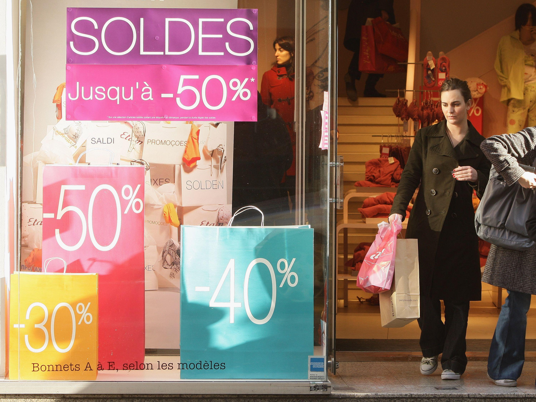 winter sales in paris les soldes
