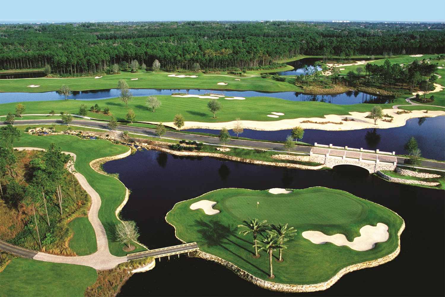 Guide To The Top 10 Golf Courses And Resorts In Florida