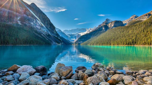 8 Adventurous Things to Do Around Lake Louise