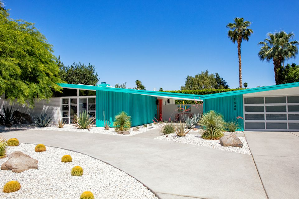 The Mid Century Modern Design in Palm Springs How to Explore Mid Century Palm Springs at Its Best