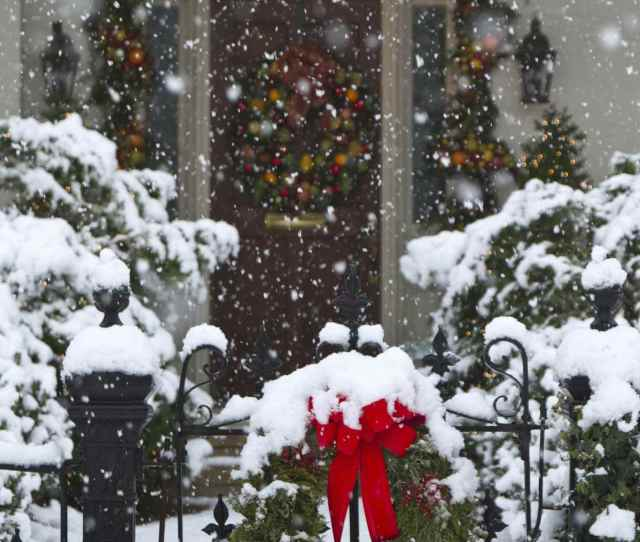Christmas Wreaths Covered With Snow Huntsville Alabama Usa