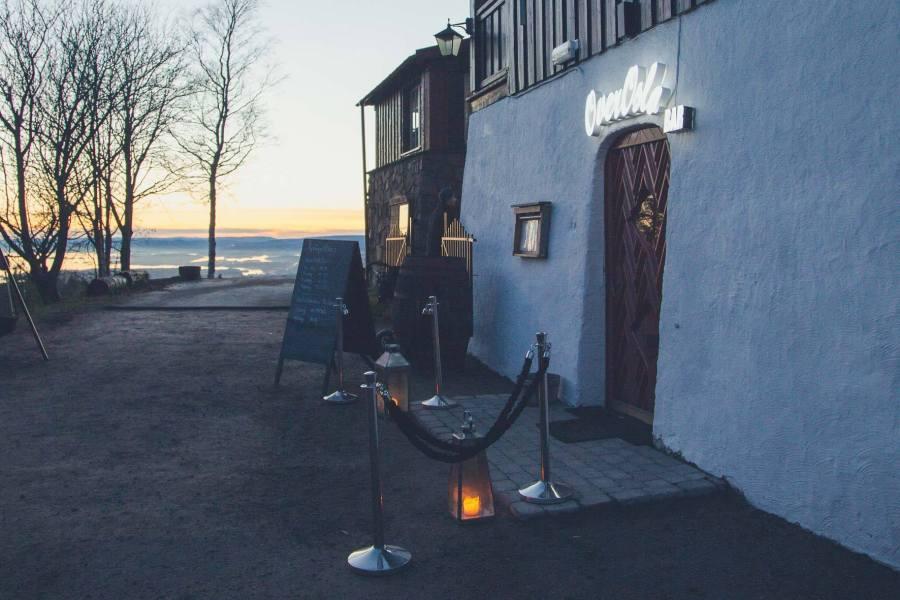 Grefsenkollenin ravintolan kellarissa on Over Oslo -baari, joka on saanut nimensä kukkulalla kesäisin järjestettävistä festareista. © Joakim Mangen / tripsteri.fi