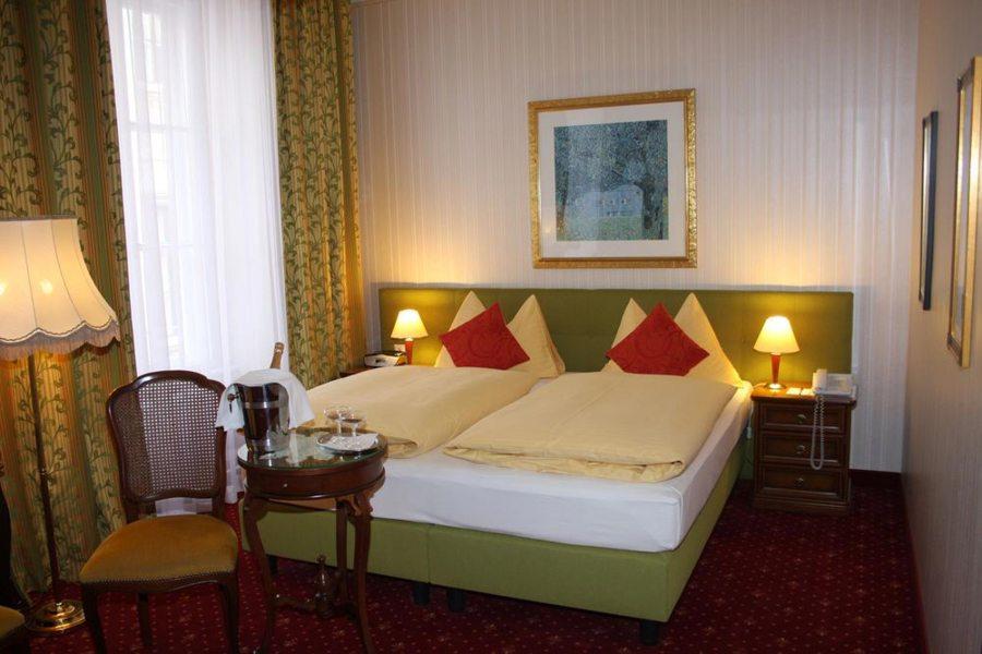 Austria-hotelli on nimensä mukaisesti kovin itävaltalainen. Kuva: Austria-hotelli.