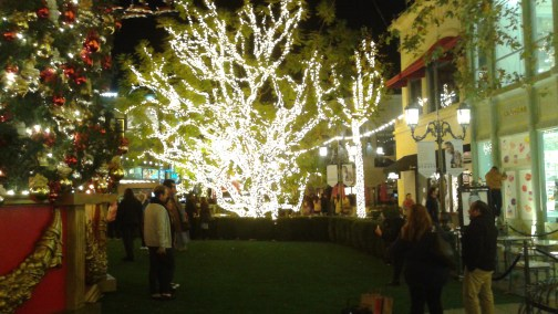 Christmas at the Grove – LA – Trips With James on the grove madewell, the grove mall, the grove santa, the grove in la, the grove of anaheim,