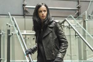 Netflix Shows Off More Jessica Jones Pics