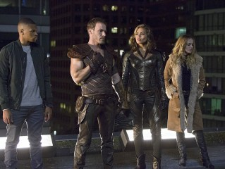 "DC's Legends of Tomorrow -- ""Pilot, Part 1"" Pictured (L-R): Franz Drameh as Jefferson ""Jax"" Jackson, Falk Hentschel as Carter Hall/Hawkman, Ciara Renee as Kendra Saunders/Hawkgirl and Caity Lotz as Sara Lance -- Photo: Jeff Weddell/The CW © 2015 The CW Network, LLC. All Rights Reserved."