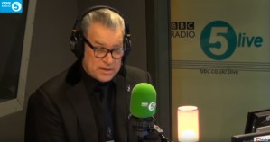 Mark Kermode Reviews Mortal Engines