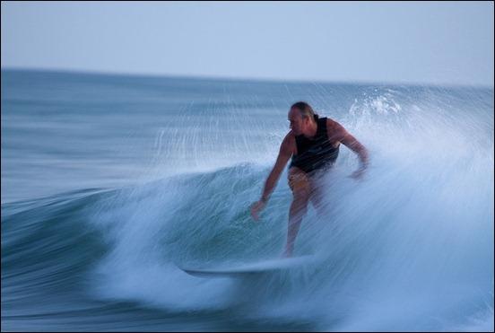 surfing-burleigh-heads