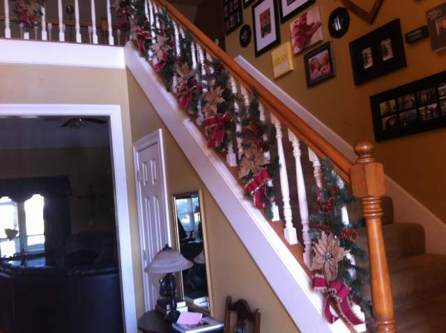 Christmas decor for the stairs