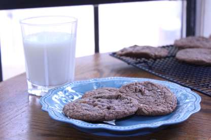 These German Chocolate Cookies have all the great flavors of a German chocolate cake...but in cookie form. Yum!