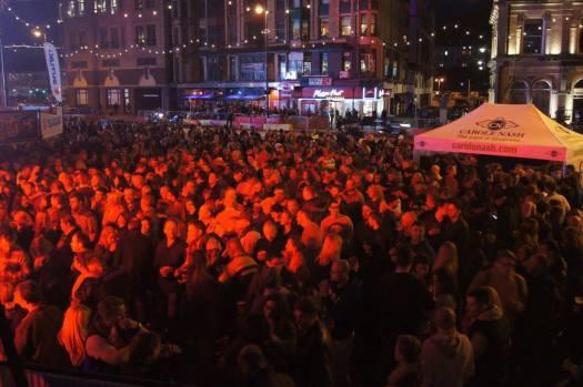 bushys crowd 2