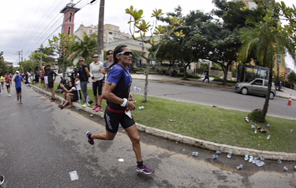Ariane Monticeli é a favorita para vencer o Ironman 70.3 Punta del Este