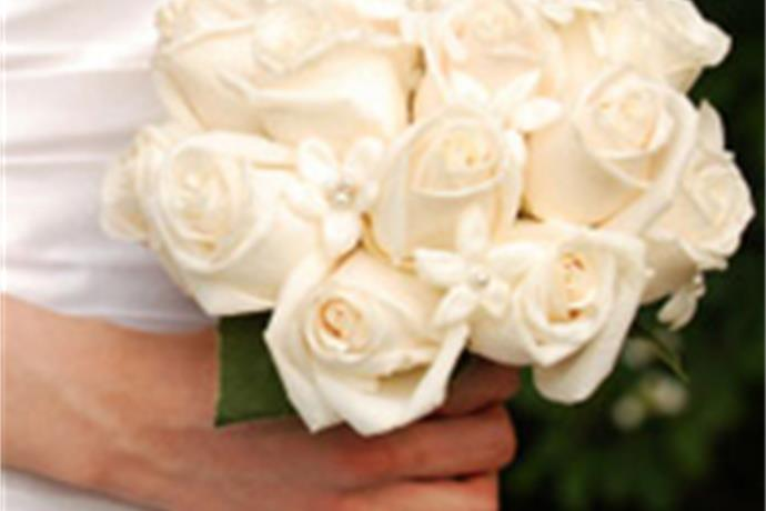 How to Choose the Right Bridal Bouquet_6708280590074463605