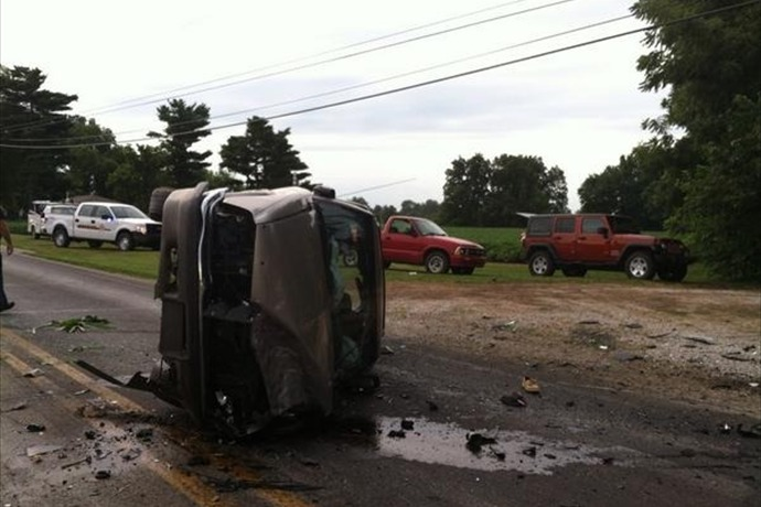 2 car ax in Spencer co_-6316966932028044466