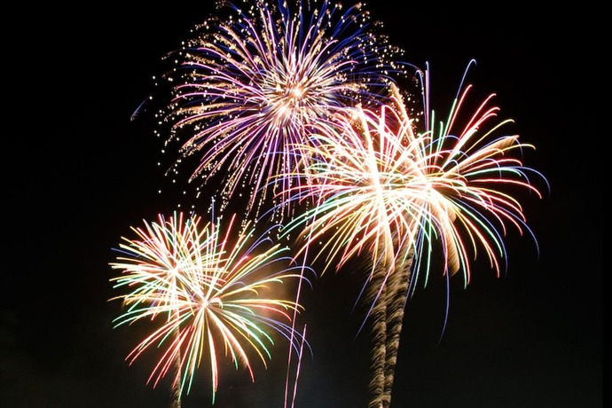 Fireworks_6593307411784090863
