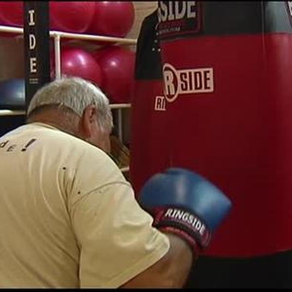Boxing Class Designed for Those with Parkinson's Disease_-4900714283629591699