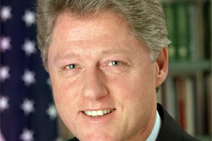 Former President Bill Clinton Visits Owensboro_4736070711236578516