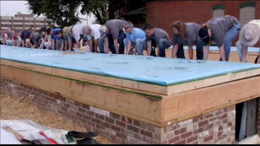 First Wall is Up at Eyewitness News- Habitat House_41452644-159532