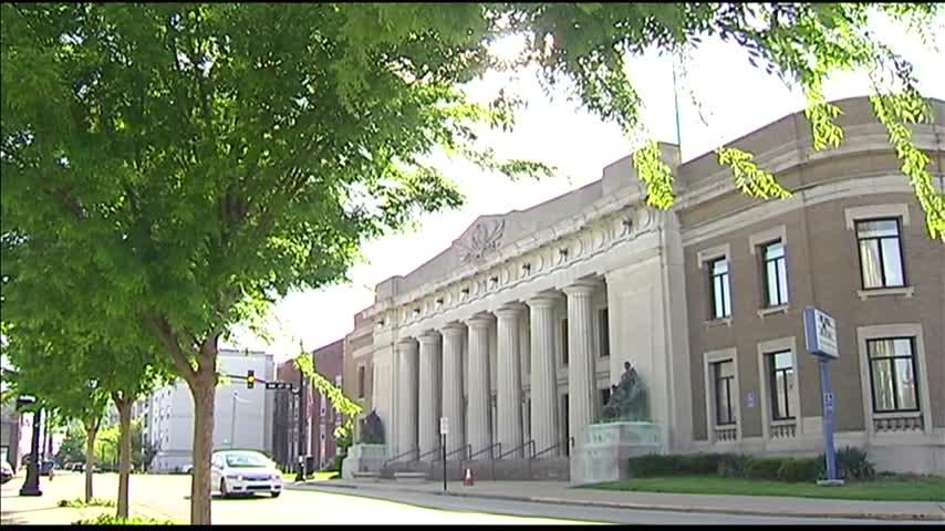 Veteran Memorial Coliseum Issues Addressed_46632926