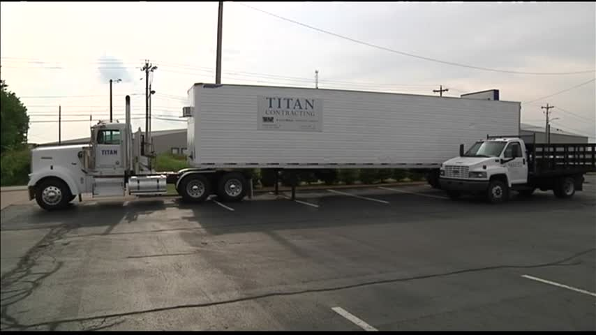 Titan Contracting Donating Items for Harvey Victims_44529847