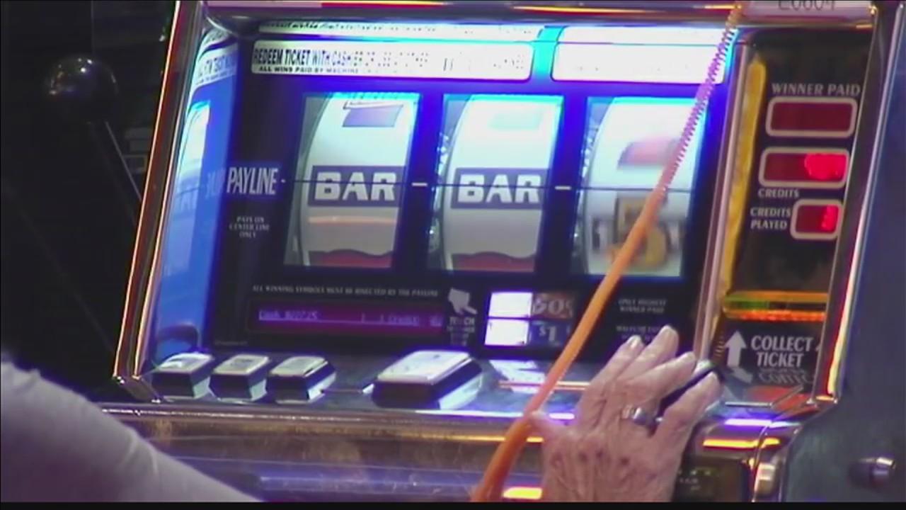 Bill_proposes_casinos_help_fund_Kentucky_0_20180203001309