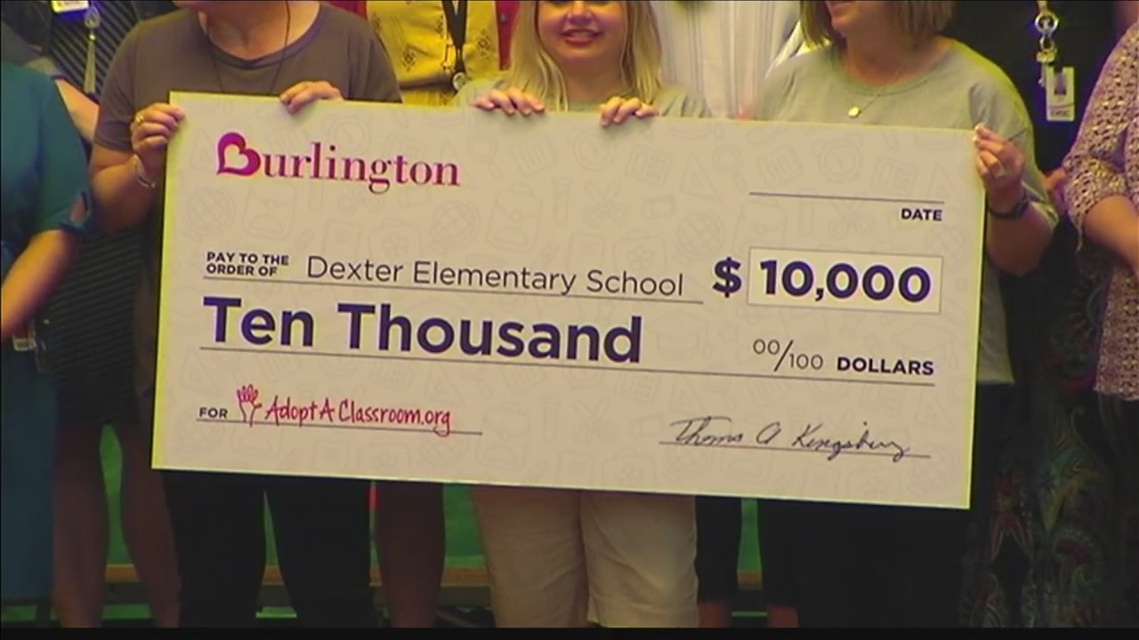 Burlington_Donates_to_Dexter_Teachers_0_20180504222911