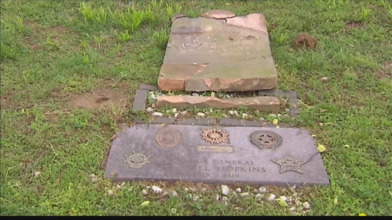 Woman_who_helped_restore_cemetery_distur_0_20180517224643