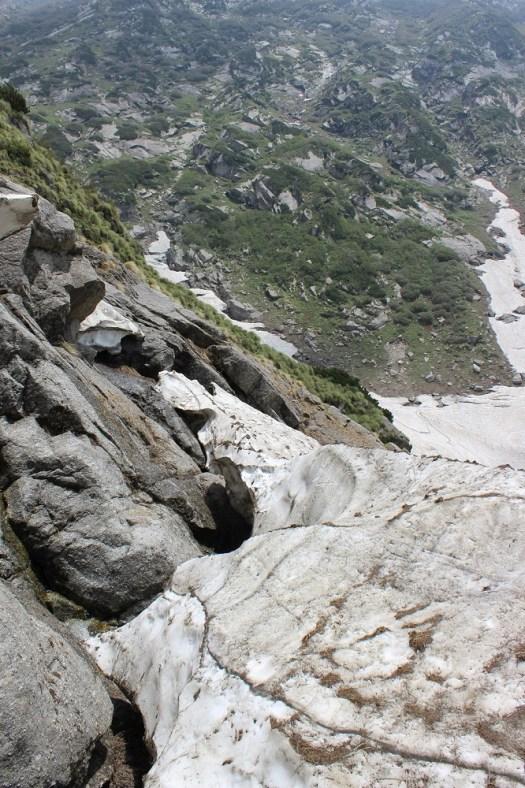 Saddling over the Edgy Glacier