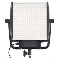 Projecteur Litepanels Astra 1X1 BI-color 935-1003