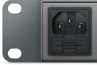Blackmagic Design Duplicator 4K - Alimentation universelle