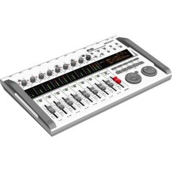 ZOOM R16 - Enregistreur Audio