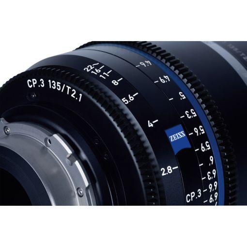 ZEISS CP.3 135mm T2.1 (Canon EF, métrique) - Objectif Prime Cinéma