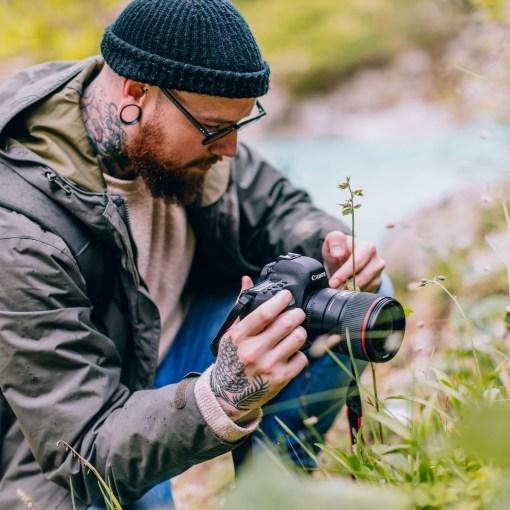 Canon EOS 6D Mark II + 24-105mm - Kit Appareil Photo et Objectif