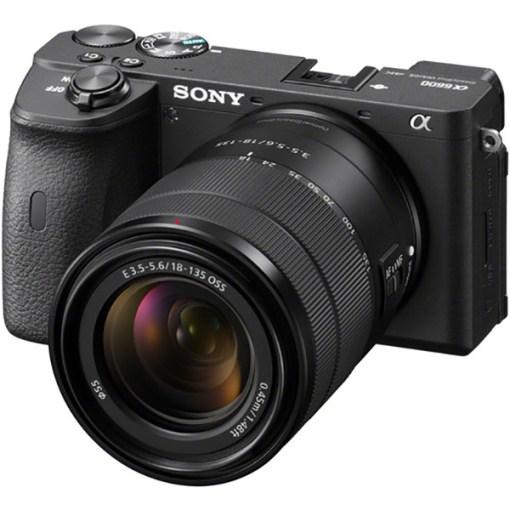 Sony Alpha 6600 avec 18-135mm – Appareil photo
