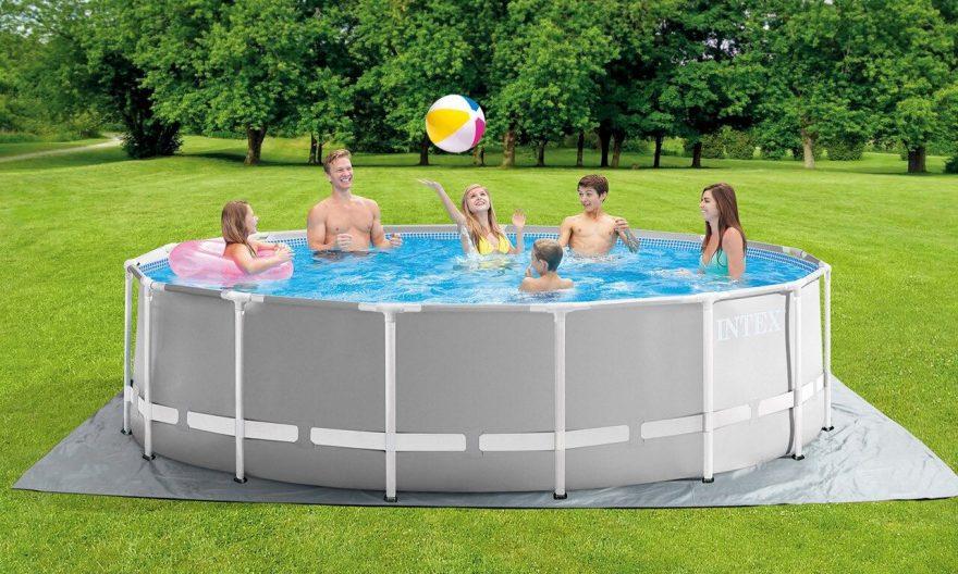 protection sous une piscine hors sol
