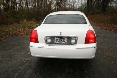 2007-120-federal-limousine-10passenger-limo-coach-04
