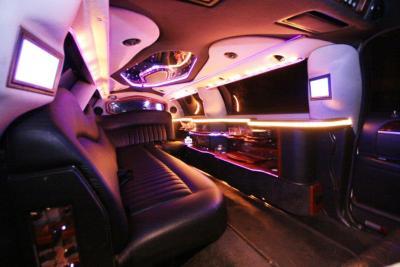 2007-120-federal-limousine-10passenger-limo-coach-08