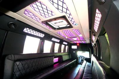 limo-coach-22-passenger-TT-44-12