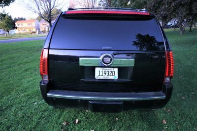 05-2008-Cadillac-Escalade-SUV-Limo
