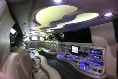 14-2008-Cadillac-Escalade-SUV-Limo