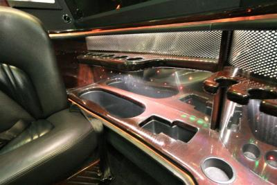 2014-MKT-Lincoln-Town-Car-120_SUV-Limo-18