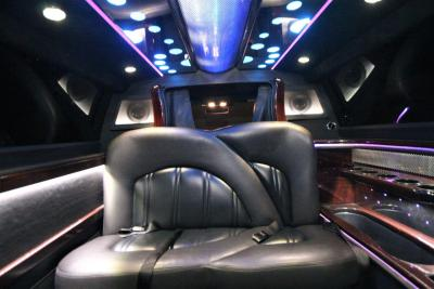 2014-MKT-Lincoln-Town-Car-120_SUV-Limo-19