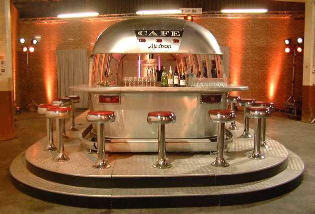 1989 Airstream Trailer Wagon Tranform En Cuisine Bar