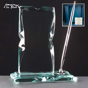 Executive Ice Block With Pen Glass Awards Supplied In A Branded Box. Price Includes Engraving.
