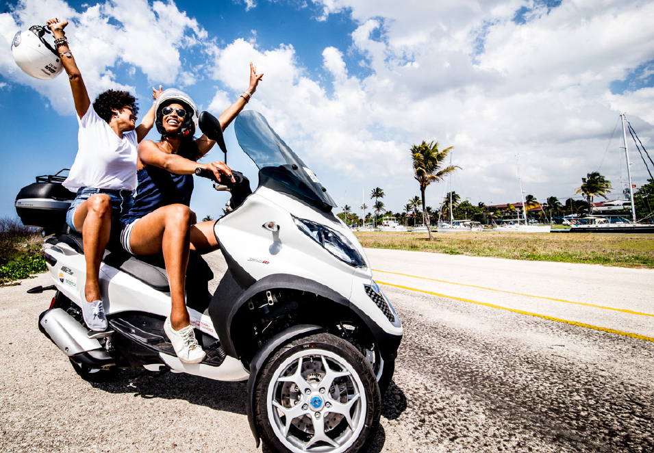 The new Piaggio MP3 Scooter for rent in Havana by tropicalcubanholiday.com
